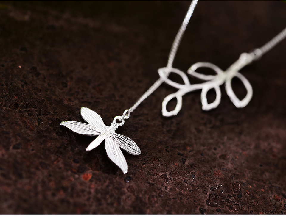 LFJF0015-Cute-Dragonfly-Leaves-Necklace_06