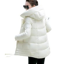 Зимняя Куртка Женщин Новый 2016 Тонкий Нерегулярные Сплошной Цвет С Капюшоном Хлопка Куртка Повседневная Плюс Размер Толщиной Средней Длины Femme Пальто