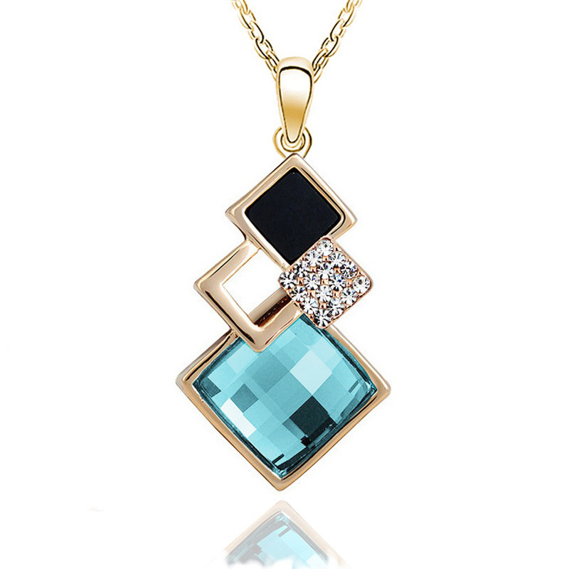Fashion colar Female fine jewelry crystal drop Sapphire necklace for women Hollow Pendants with white and black stones Bijoux
