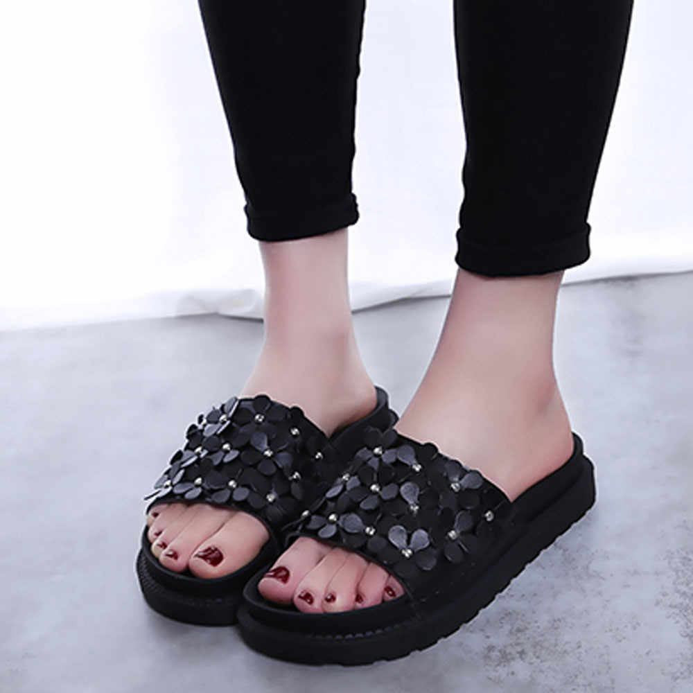 c62738a80521e9 New Style Summer Women Beach Shoes Indoor Outdoor Casual Female Platform  Flower Flat Sandals Slip Resistant