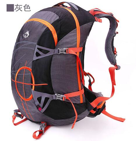 Jungle King 2017 outdoor mountaineering bag travel backpack men and women bag backpack super capacity travel bag wholesale 50L