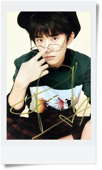 signed TFBOYS Jackson  autographed  photo 6 inches  freeshipping 08201702 signed tfboys autographed group photo 6 inches freeshipping 08201703