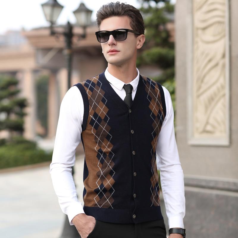New 2017 Autumn & Winter Mens Argyle Wool Sweater Cardigan Sleeveless Cashmere Sweater V-neck Plaid Cardigan Sweater Vest