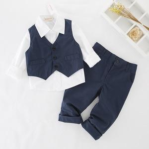 Image 3 - Yeni stil çocuk giyim setleri erkek giysileri erkek gömlek + yelek + pantolon 3 adet erkek beyefendi yelek çocuk giyim setleri 5 takım/grup
