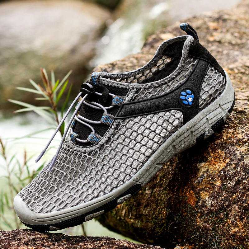 New Trend Summer Beach Shoes Men Sports Shoes Breathable Outdoor Diving Sneakers for Man Walking Trekking Upstream Shoe Grey