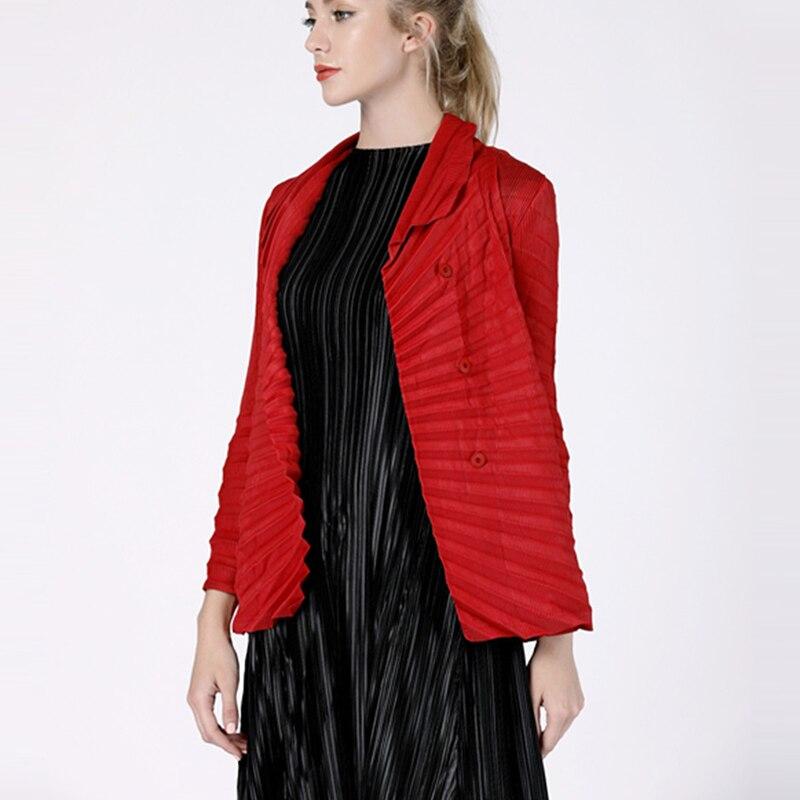 Changpleat 2019 Spring New Women Basic Jackets coat Miyak Pleated Fashion design Single-breasted Solid Female Coat Tide C0780780