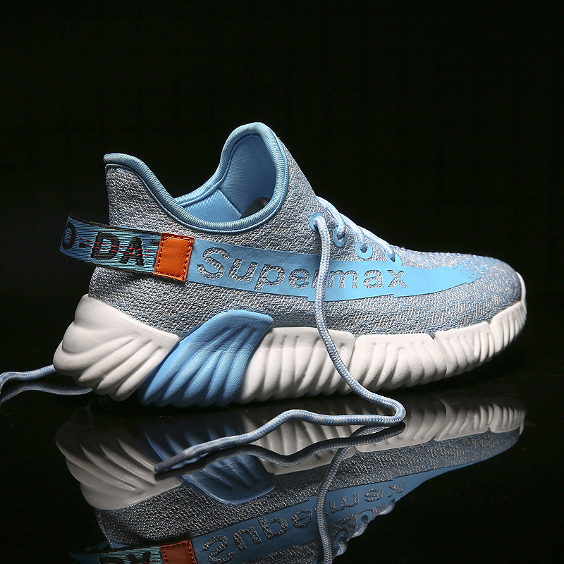 New Fashion Brand Designer Flyknit Men Sneakers Breathable Lightweight Men Casual Shoes Zapatos Para Correr