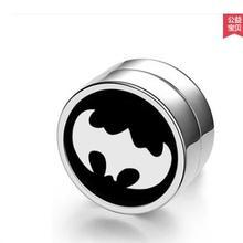 wholesale 2Pair Korean Titanium Steel Men Women Trendy Non P
