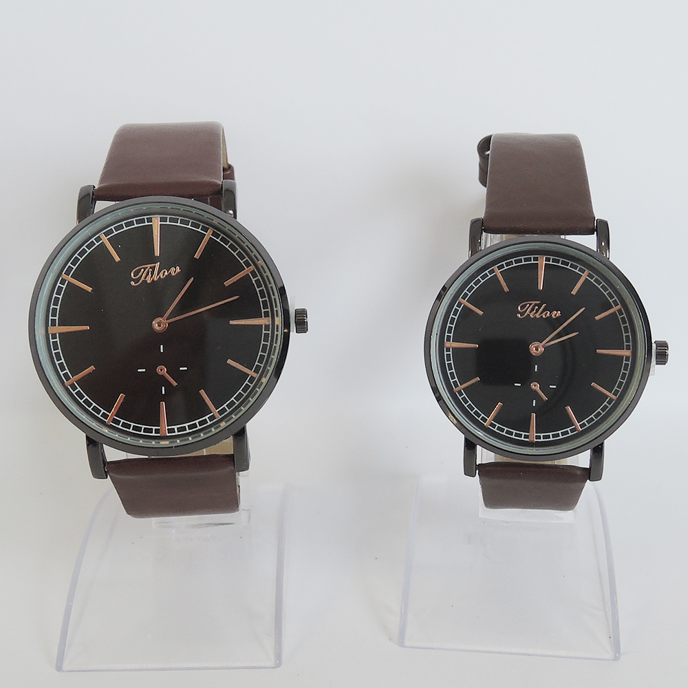 One Set Of 2 Pcs .top Fashion Lovers Watch With Waterproof  , Good Quality,pu Belt.
