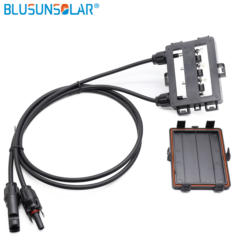 10 pcs lot Hot sale 4 Ways Solar PV Junction Box Waterproof IP65 with 4 0mm2