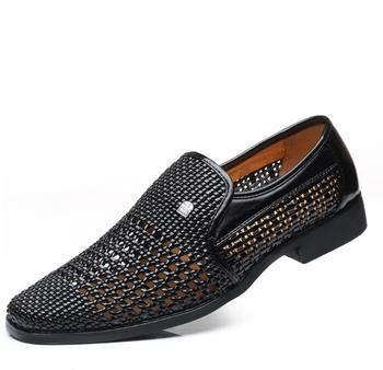 24ea12181 Clásicos de gladiador hombres Oxfords de cuero sandalias casuales  transpirable recortes zapatos de hombre mocasines italiano zapatos planos  para