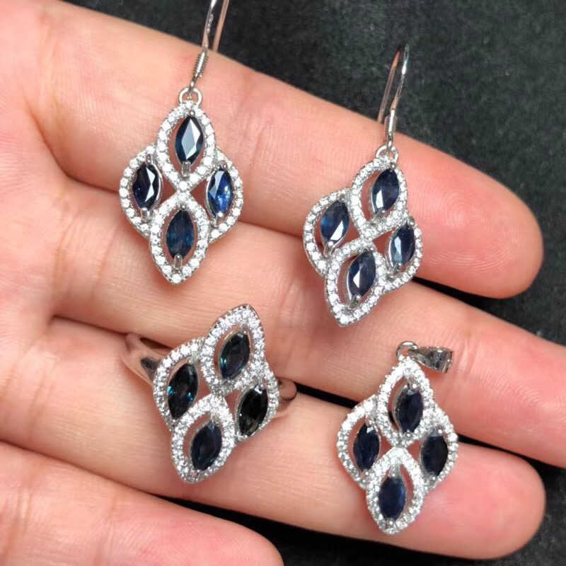 Natural sapphire set, 925 silver, from Chinas mining area, rich in color, fashionableNatural sapphire set, 925 silver, from Chinas mining area, rich in color, fashionable