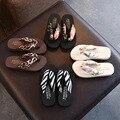 Пляжные сандалии с цветочным принтом; шлепанцы на танкетке и платформе с ремешками; шлепанцы; suummer shose для женщин и девочек