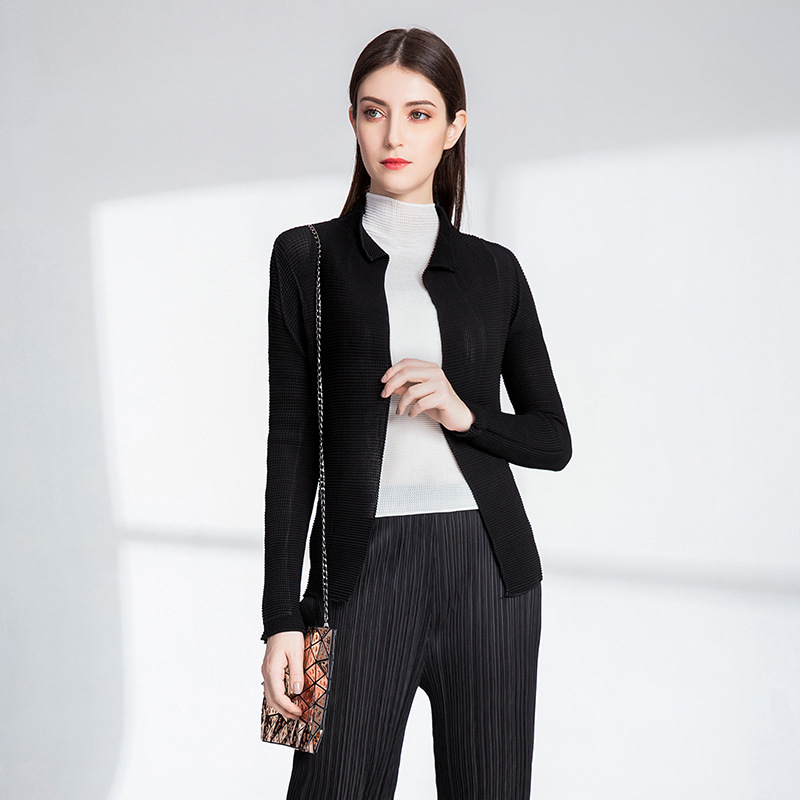 84a3b9fa8 Nuevo estilo chaqueta delgada Chaqueta corta manga larga plisada MIYAKE  chaqueta negro envío gratis