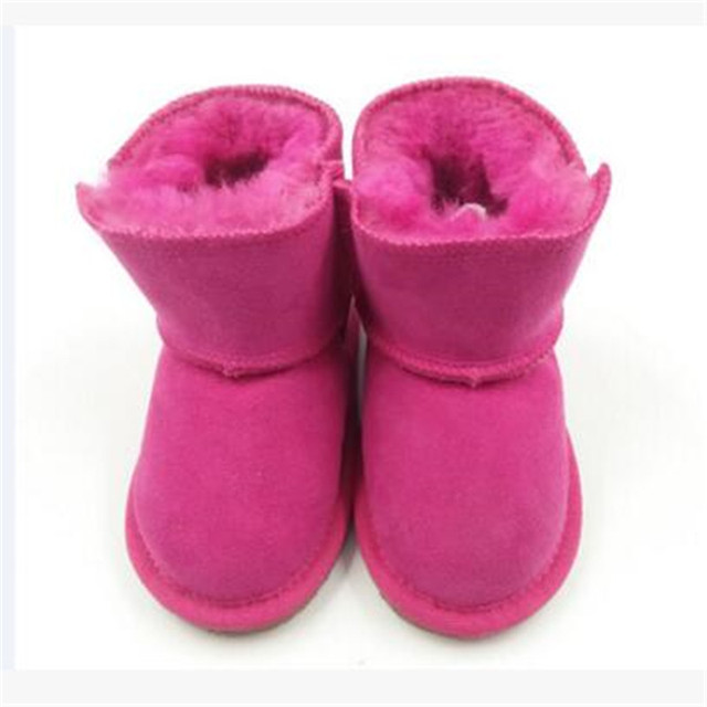 Botas de piel de oveja zapatos de bebé de los niños al aire libre zapatos del niño del bebé con la parte inferior