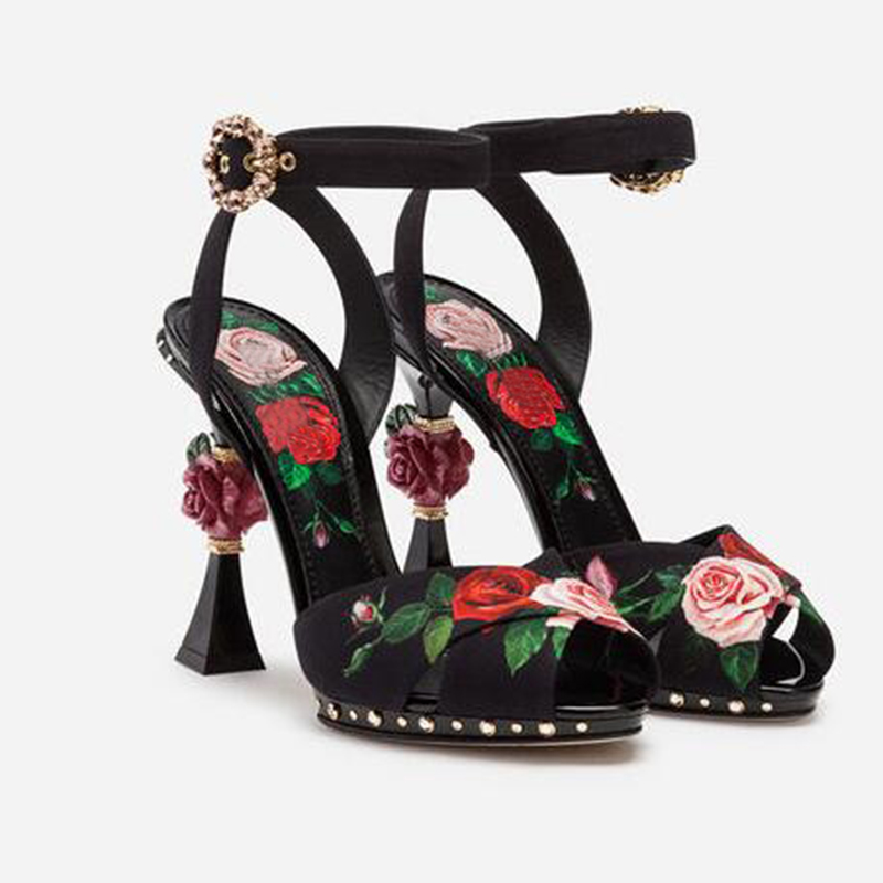 2019 spring and summer new retro art high heels rose flower  carved heel cross with fish mouth high heel cool lace buckle