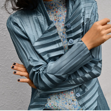 Designers original design texture shirt pleated hand shrts free shipping