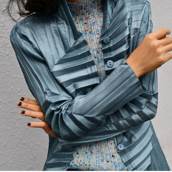 Designer's original design texture shirt pleated shirt hand pleated shrts free shipping