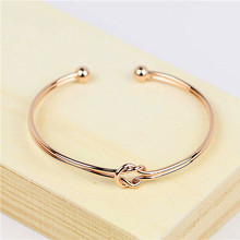 The new campus is pure and fresh girl deserve to act the role of fashion simple color bracelets Chinese knot bracelet