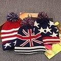 Otoño invierno de la Alta calidad de la manera M palabra bandera estrellas rayas de punto sombrero ms. hombre cálido gorro de lana bola deportes al aire libre caliente cap