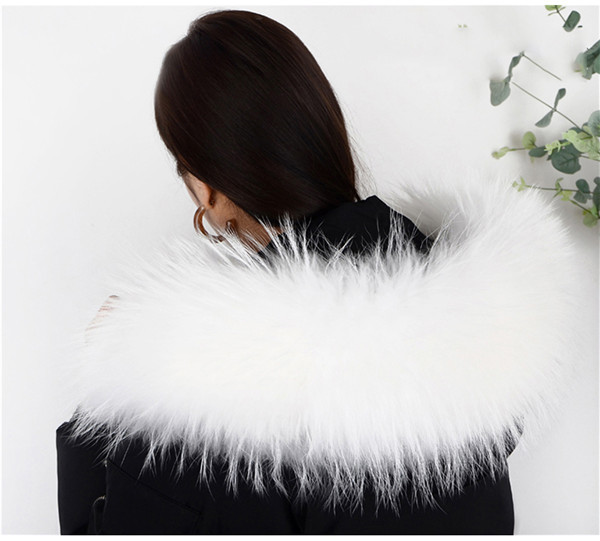 Real Natural Raccoon Fur Collar Winter Women's Coat Hooded Solid Scarves Solid Collar Raccoon Fur Removabl Neck Scarves L80