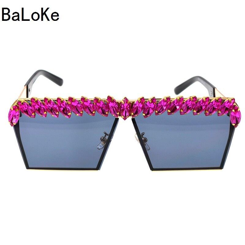 2018 New Quality Luxury Rhinestones Womens Sunglass Vintage Square Oversized Sun Glasses Shades Fashion Ladies Sunglasses D9194