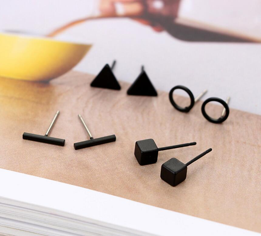 4 pairs Geometric Triangle Earrings Set