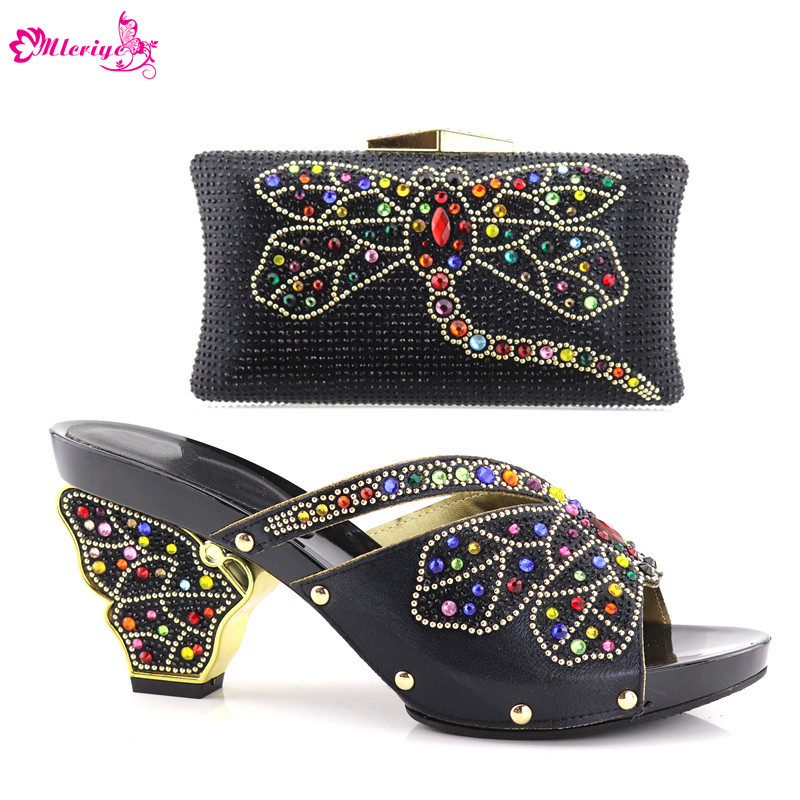 Latest Design Women Shoes and Bags To Match Set Italy Nigerian Women Party Wedding Shoes and Bag Set Decorated with Rhinestone chic women s rhinestone decorated floral ring