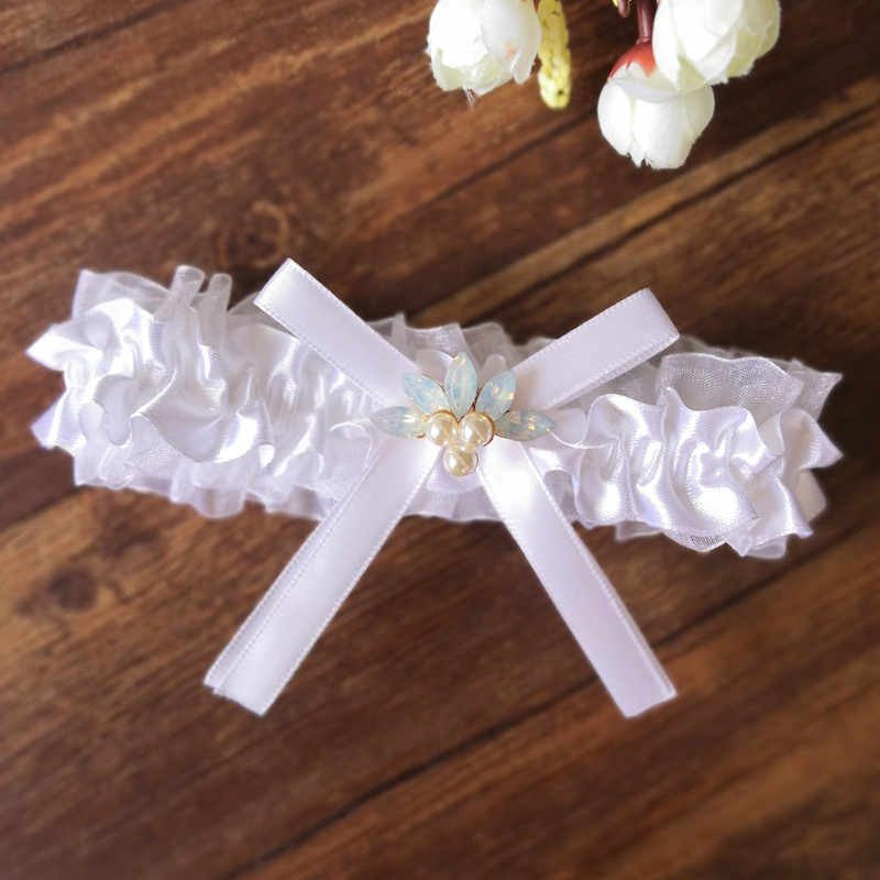Bridal Garter White Garter Belt Legs Ring Harness Toss Garter Bow Wedding Garter Belt with rhinestone