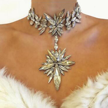 Best lady Chunky Gem Crystal Flower Statement Unique Starburst Pendant Rhinestone Luxury Instagram Maxi Choker Necklace