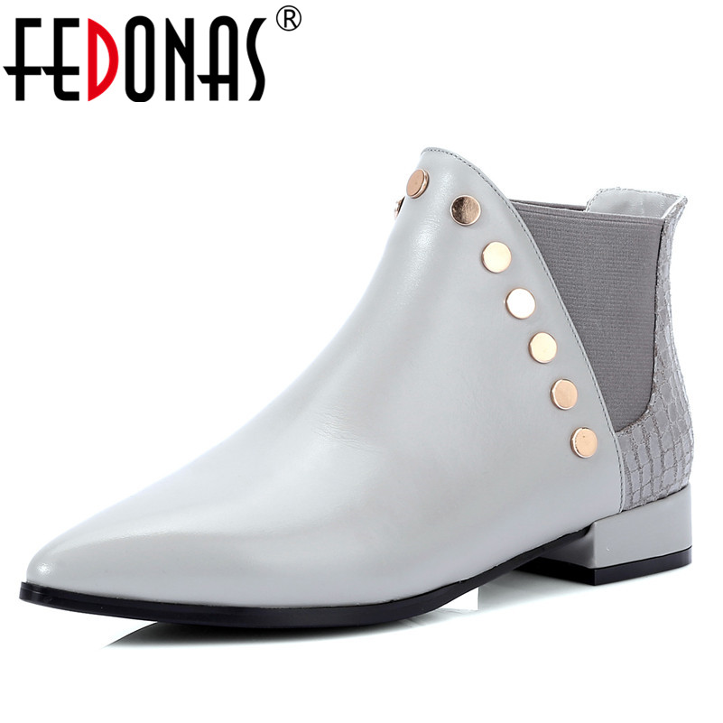 FEDONAS 2019 Women Genuine Leather Short Rivets Motorcycle Boots Sexy Pointed Toe Leather Martin Shoes Woman Basic Boots цены онлайн