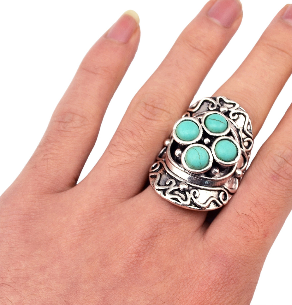 New Design Brand Bohemian Style Big Green Stone Beads Ring Antique Vintage Silver Jewelry Retro Flower Punk Rings for Women Men