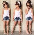 Новый Летний детская Одежда Европа и Соединенные Штаты Белый соболезнуем Пояса + Кружева Джинсовые Шорты Две Пьесы Детская Одежда наборы