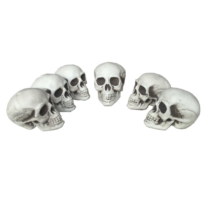 6pc mycket liten storlek skalle 100% plast halloween rekvisita grav yards dekorationer