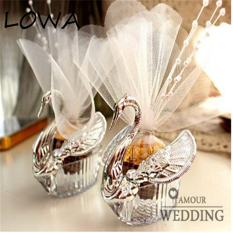 2pcs Wedding Candy Box Sweet Swan Shaped Kraft Boxes Gold Silver Party Gift Box Handmade Plastic Candy Gift Case Marriage Decor in Gift Bags Wrapping Supplies from Home Garden