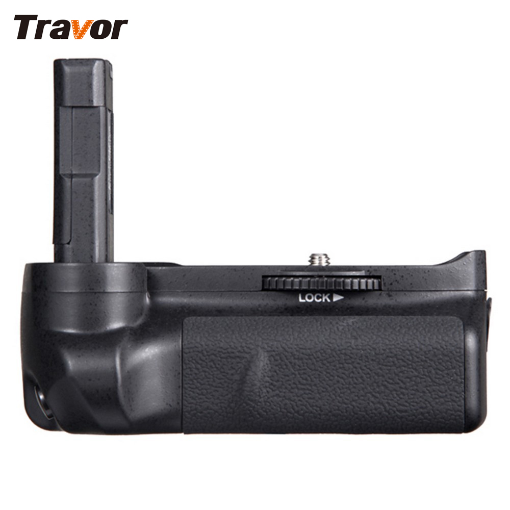 Travor Battery Grip Pack Holder for Nikon D3100 D3200 D3300 DSLR camera work with EN-EL14 battery meike vertical battery pack grip for nikon d5300 d3300 2 en el14 dual charger