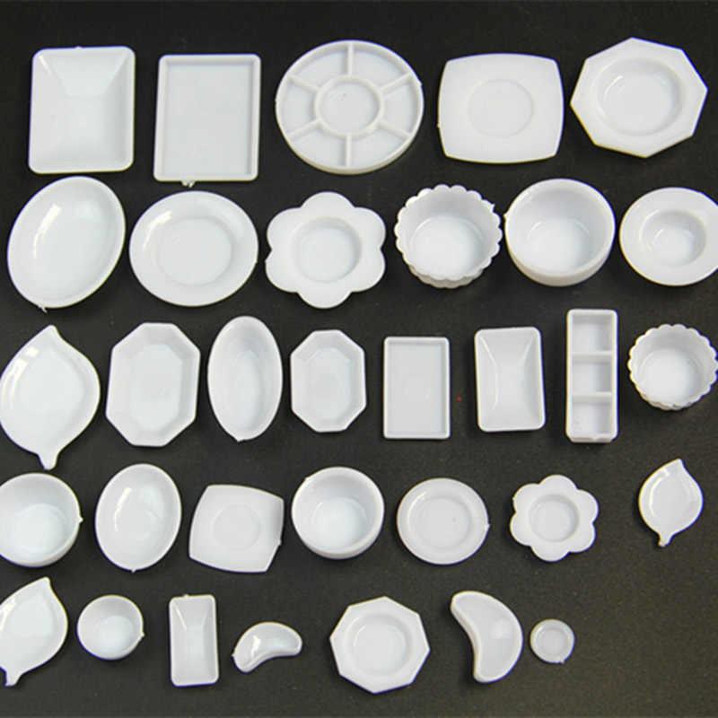 33Pcs 1/6 Bilancia Miniatura casa delle bambole di Plastica Piatti Set Modello Giochi Di Imitazione Mini Cibo Bambola Accessori Forma Giocattolo TY0249