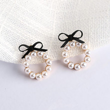 2017 New Summer Lovely Colourful Bow Earrings For Women Geometry Circle Simulated Pearl Stud Earrings Boucle D'oreille Brinco