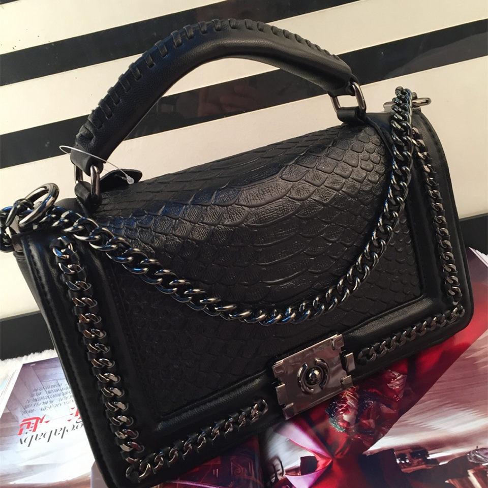 все цены на ETONWEAG 2017 New Famous Brands Women Messenger cc Bags High Quality Genuine Leather Ladies Serpentine Luxury Channels Handbags