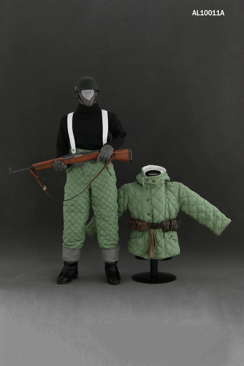 купить 1/6 The WWII Winter Soviet Soldier Clothing Uniforms and Weapon Modeks Set for 12 inches Male Figures Bodies по цене 4837.09 рублей
