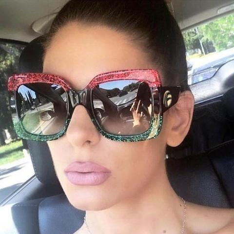 a6eebedaba0ee Surdimensionné Carré lunettes de Soleil Femmes Mode Dégradé Objectif de  Lunettes de Soleil Pour Les Femmes Marque De Luxe Noir Vert Rouge Shades  UV400 1159 ...