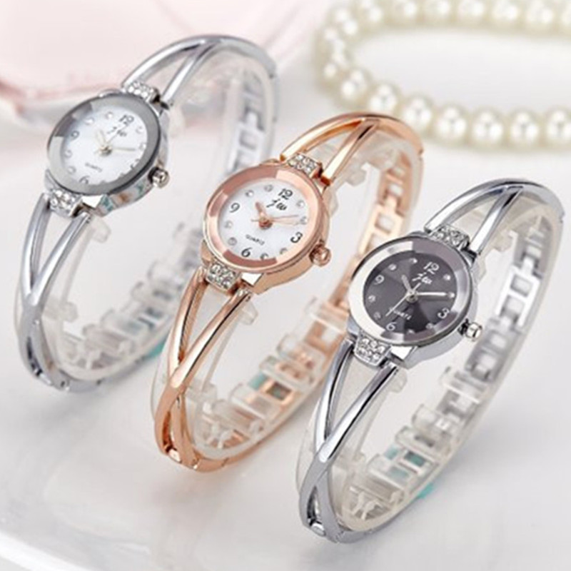 Jauns modes 2018 luksusa rhinestone pulksteņi sieviešu - Sieviešu pulksteņi - Foto 4