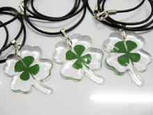 FREE SHIPPING wholesale 12 pcs/lot Clover Shape Floating locket natural real Four Leaf Clover dry flower Pendant Necklace(China)