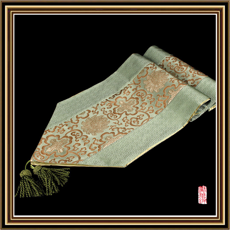 Grade brocade paperclip rich side to fight fake flower brocade table runner thirty-five