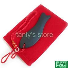 Gráfica recuerdos y bolsa! comercio al por mayor Negro Bian Piedra Fish kit Guasha Masaje cuidado de la salud Natural Bian Piedra 12 unids/lote (120x37mm)
