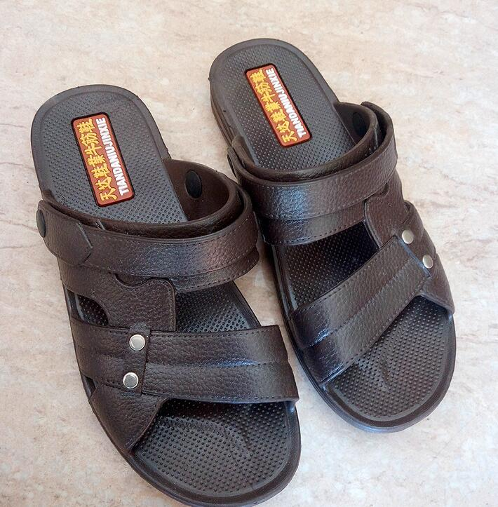 2018 большой Размеры повседневные сандалии Для мужчин легкие пляжные сандалии для прогулок на продажу Бесплатная доставка 012