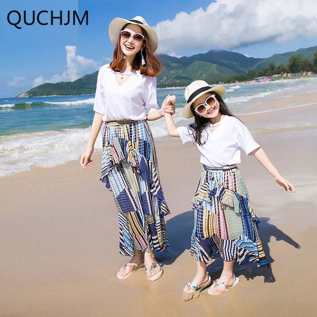 370647998e1b Family Matching Mother and daughter in summer wear white T-shirt Bohemia  tall waist skirt