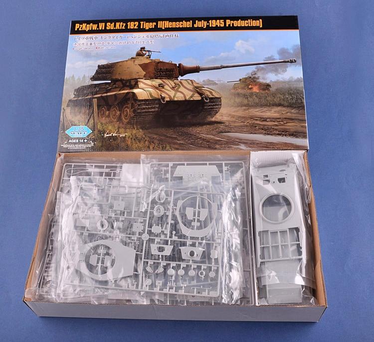1/35 German Sd.kfz Tiger King Heavy Tank Henschel Turret 84533