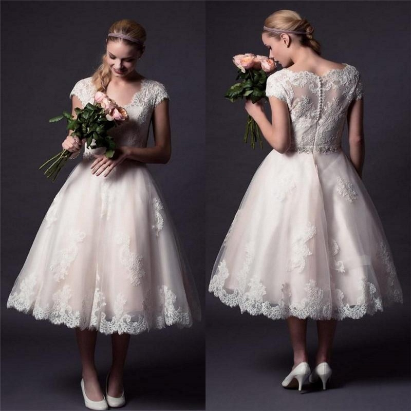 2015 Vintage Lace Wedding Dresses A Line V Neck Tea Length