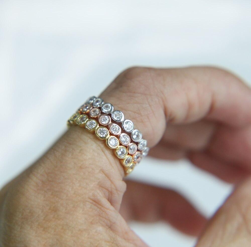 b9ee3b2ff471 2017 Nuevo bisel ajuste círculo joyería de las mujeres de tres colores de  la plata esterlina 925 de la boda banda media eternidad banda pila anillo  de dedo